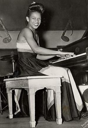 Frantic Faye Thomas